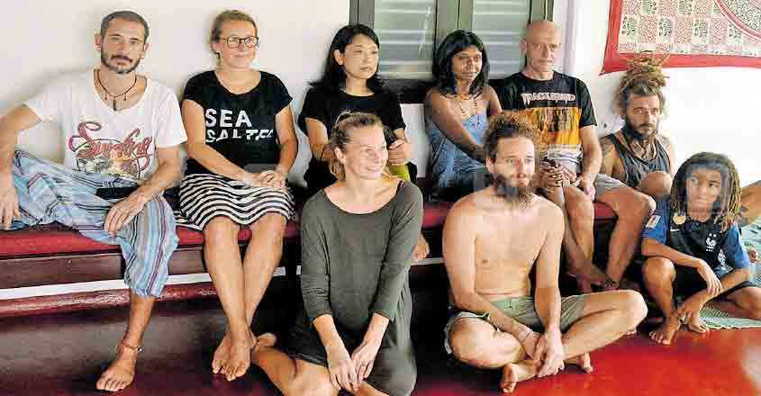 Foreign tourists all praise for Kochi amid lockdown