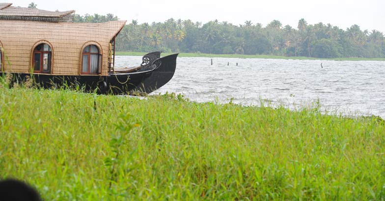 Holiday destinations around Pathanamthitta