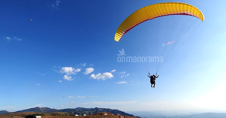 No govt support, Vagamon's paragliding festival cancelled
