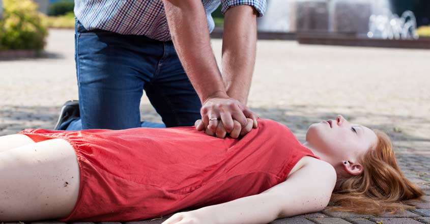 Why women are less likely to receive CPR from bystanders