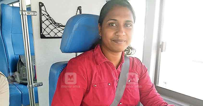 Kollam woman sets history in UAE with licence for bus driving